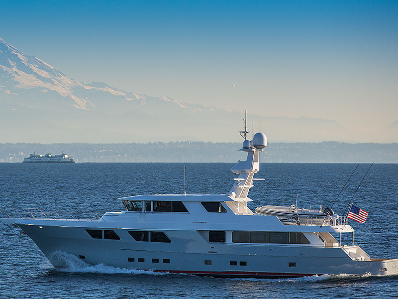 115' Expedition Yachtfisher Cazador Built by Nordlund